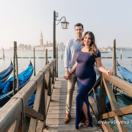 Babymoon in Venice, pregnancy photo session