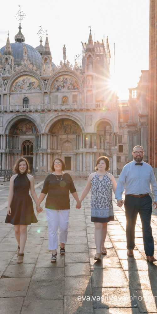 family photographer in Venice