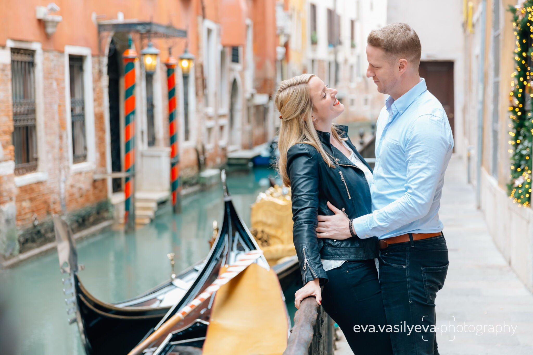Engagement photoshoot photographer in Venice